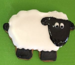 Sheep Cookie using our sheep 3d printed cookie cutter